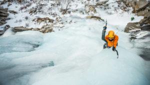 swing an ice tool